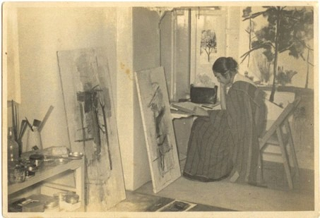 Image: Nasreen at her studio in Bombay at the Bhulabhai Desai Institute Dated 2 Nov 1960, Courtesy: Sikander and Hydari Collection